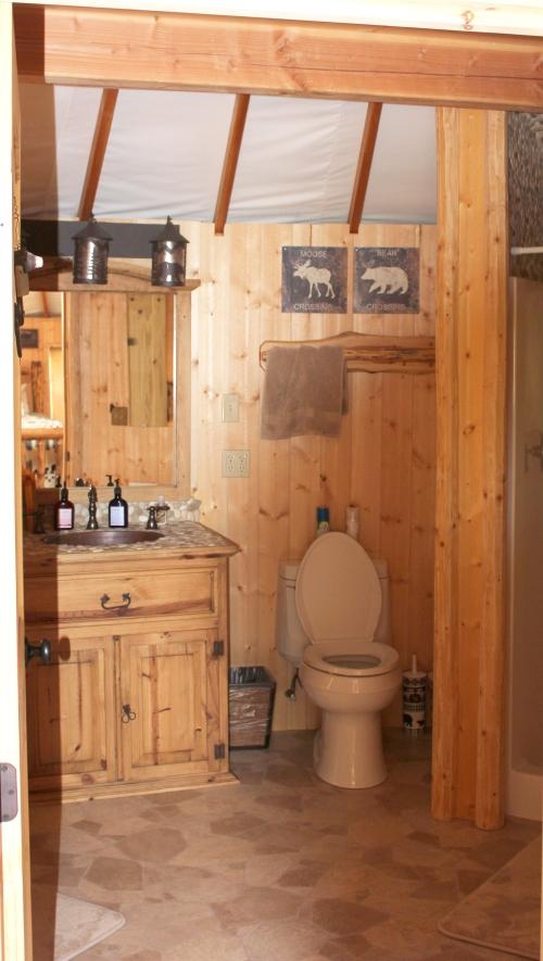 The yurt savvy entertaining for Yurt bathroom designs