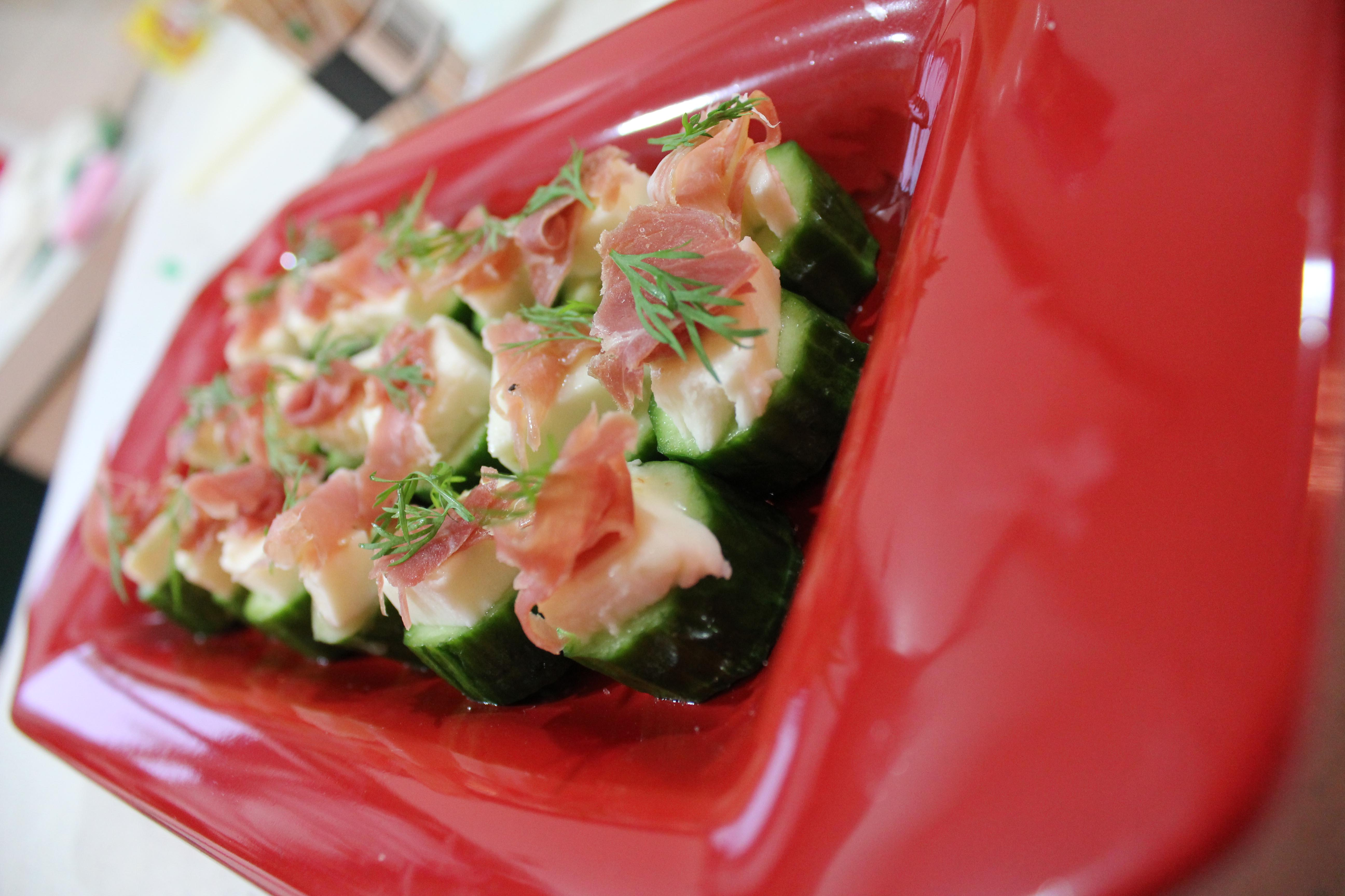 Easy to Make Finger Foods http://savvyentertaining.com/2011/12/16/easy-cucumber-appetizers/