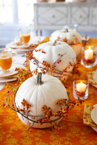 white pumpkin table