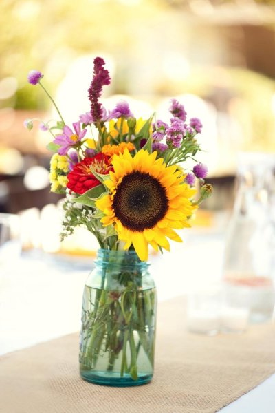 sunflowers table 3