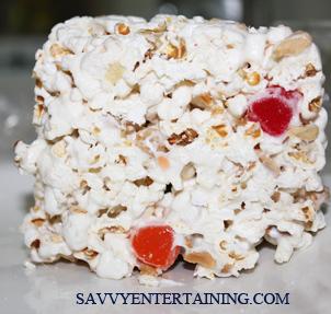 Popcorn cake plated