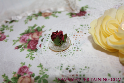 deco heart button with rose